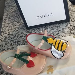 Baby Gucci Mary Jane worn 1 time no marks or stain